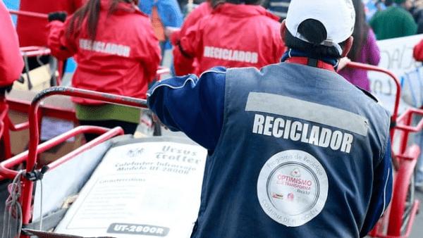 Día mundial de los recicladores de base, ¿qué son los recicladores de base?, Importancia de los recicladores de base, recicladores de base, Chile- Movimiento Nacional de Recicladores de Base, Ley Rep, recicladores de base, ¿Cuál es la ley Rep?, Certificación recicladores de base.