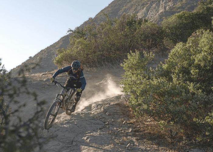 Entregamos algunos consejos para ir al cerro en MTB con Tomás Baeza