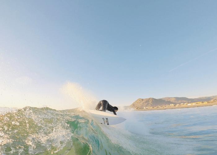 Lorena Fica, Jessica Anderson y el nutricionista deportivo Rodrigo Toloza entregan tips para coordinar la alimentación y el surf: ¿Qué comer antes y después de entrenar?