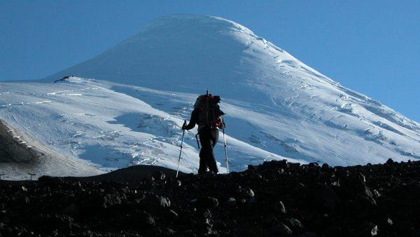 Cómo usar los bastones de trekking