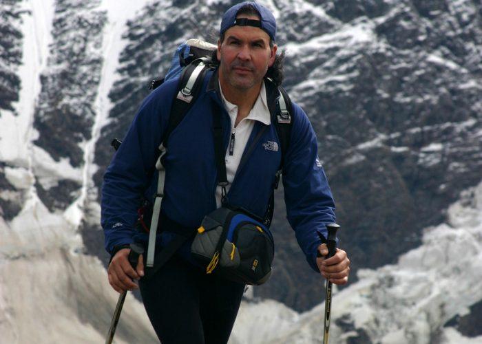 como usar los bastones de trekking